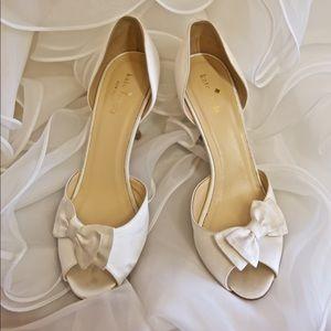 Kate Spade ♠️ bow toe satin glitter heel shoe 10